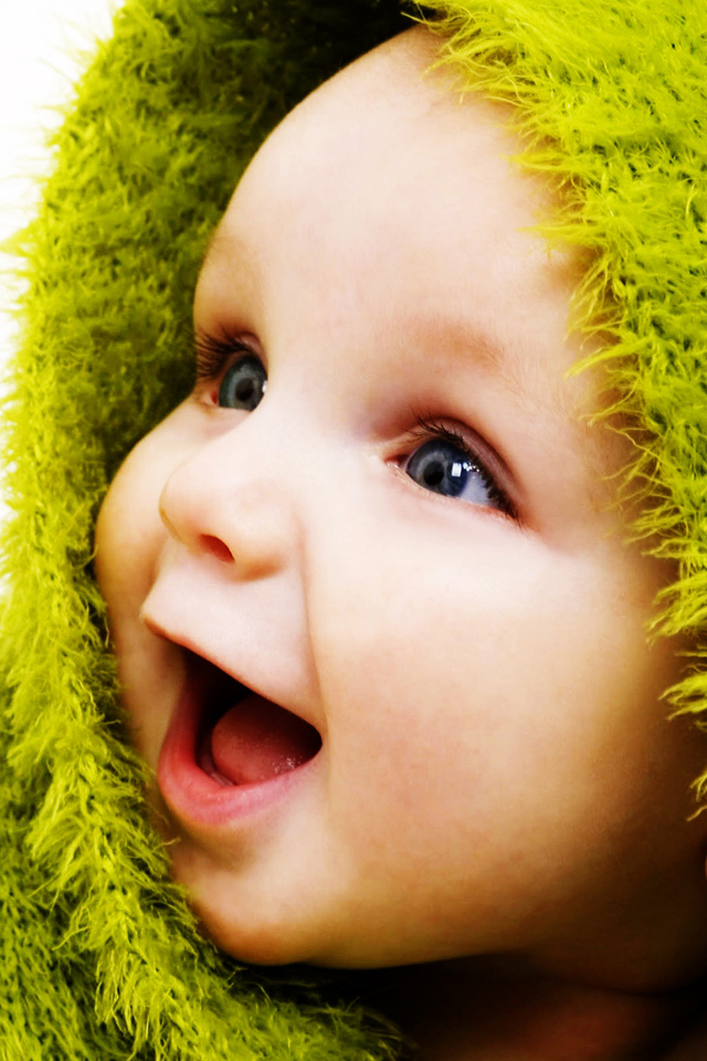 Baby-boy-cute-smiling-iphone-high-resolution-wallpapers-PIC-MCH043166 Lovely Baby Wallpaper For Mobile 23+