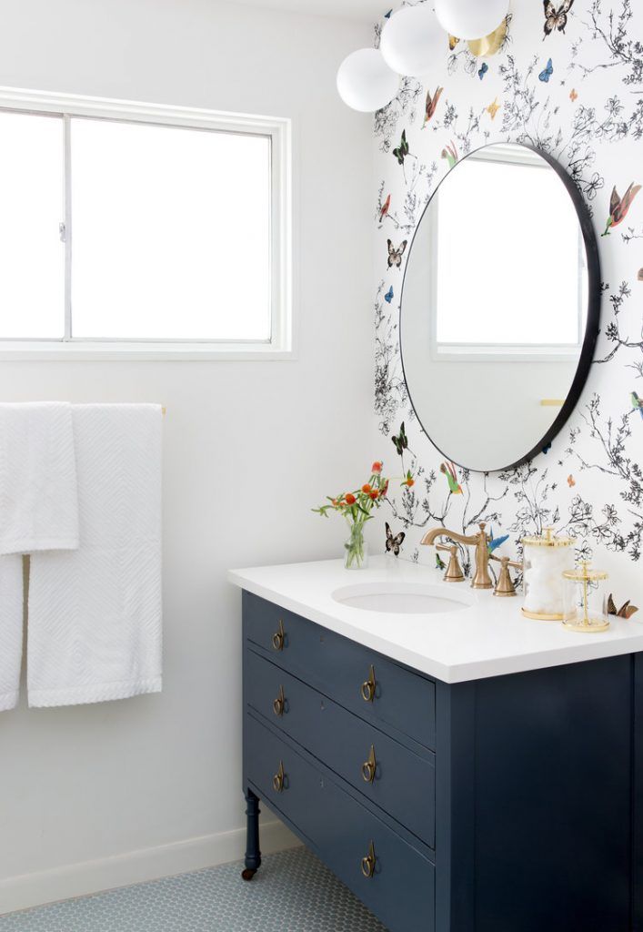 Bathroom-butterfly-wallpaper-wall-PIC-MCH043757-707x1024 Flamingo Wallpaper Bathroom 14+