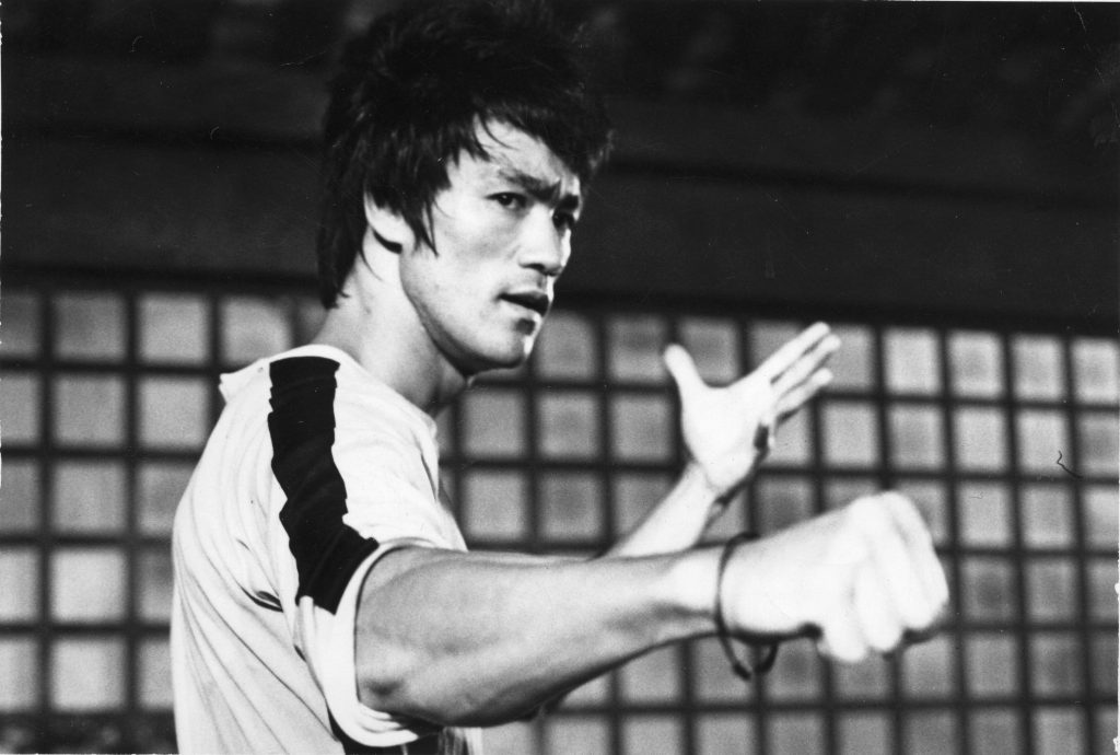 Bruce-Lee-PIC-WSW-x-PIC-MCH049778-1024x690 Bruce Lee Wallpaper Iphone 5 15+