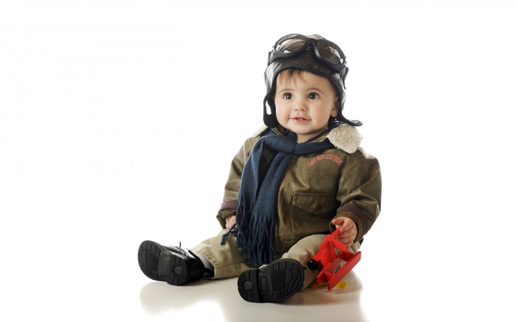 Cute-Baby-Boy-Wallpaper-For-Mobile-Hd-Images-Photos-Pilot-Outfit-Toy-Plane-Most-Of-Computer-PIC-MCH055325-1024x640 Lovely Baby Wallpaper For Mobile 23+