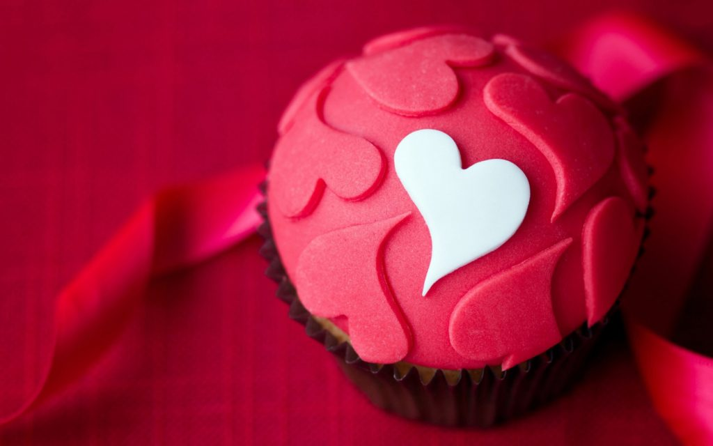 Cute-Love-Cake-Wallpaper-Wide-PIC-MCH055505-1024x640 Cute Love Pictures For Wallpaper 44+