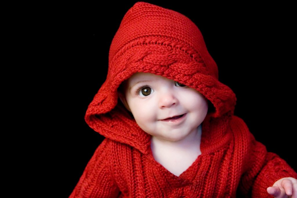 Cute-baby-in-red-tshirt-awesome-image-PIC-MCH055343-1024x683 Lovely Baby Wallpaper Hd 14+