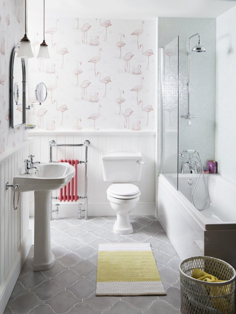 DSBiPXcAEH-JV-PIC-MCH061063-771x1024 Flamingo Wallpaper Bathroom 14+