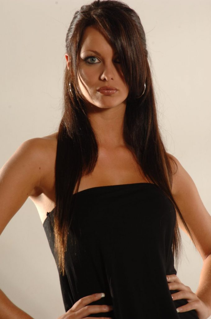 jessica-jane-clement-PIC-MCH078664-680x1024 Wallpapers Sensual Jane 12+
