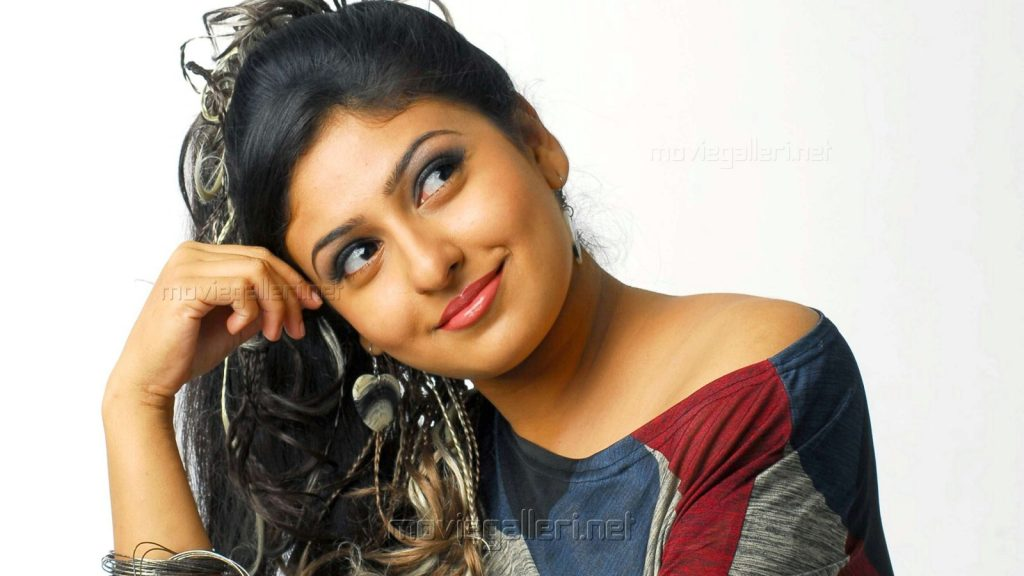 tamil-actress-monica-wallpapers-PIC-MCH0105624-1024x576 Tamil Wallpapers Pictures 20+