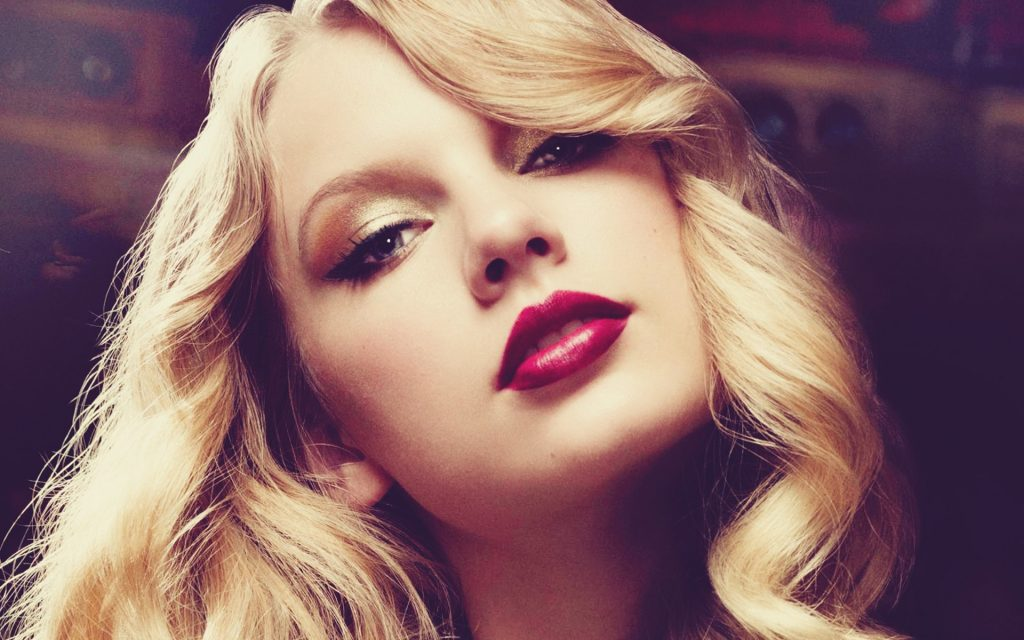 taylor-swift-red-lipstick-wallpaper-PIC-MCH0105888-1024x640 Taylor Swift Wallpapers Tumblr 9+