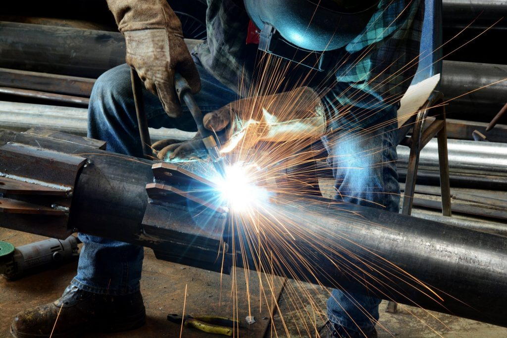 worker-welder-welding-metallurgical-PIC-MCH0117354-1024x683 Wallpaper Worker 41+