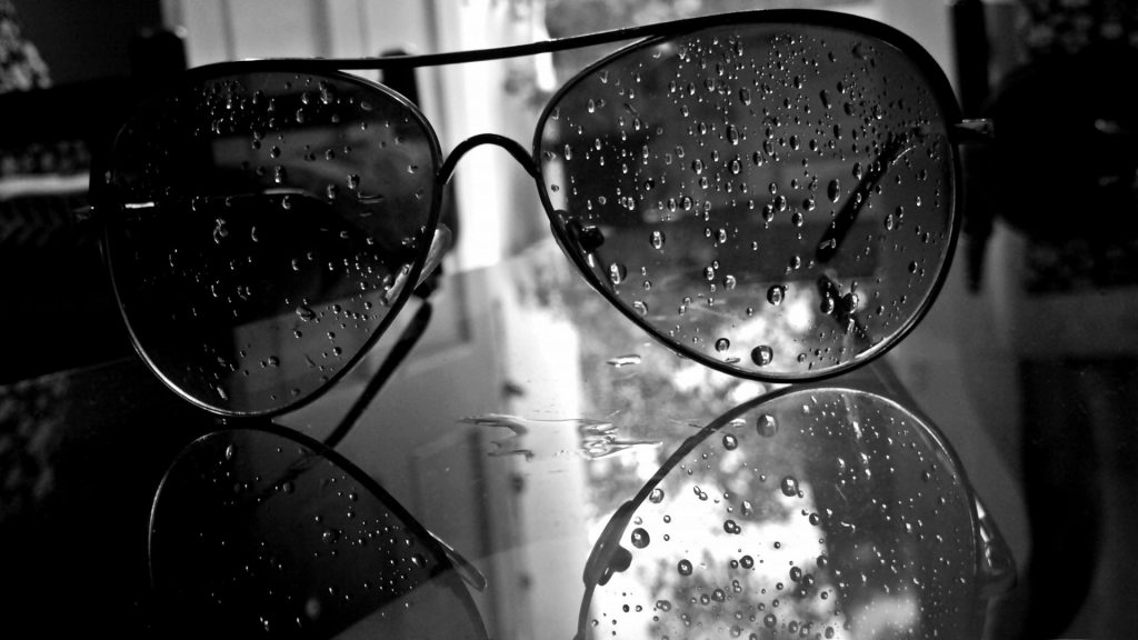 drops-monochrome-white-water-aviator-black-glasses-amazing-nature-images-hd-PIC-MCH061043-1024x576 Black Hd Wallpapers 1080p Mobile 38+