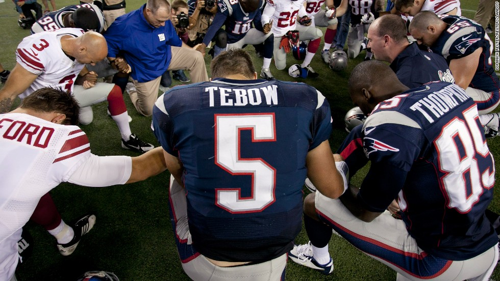 tim-tebow-restricted-horizontal-large-gallery-PIC-MCH04728 Tim Tebow Wallpaper Eagles 19+