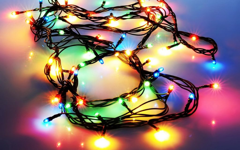 wallpaper-PIC-MCH0111232-1024x640 Christmas Lights Wallpaper For Android 24+
