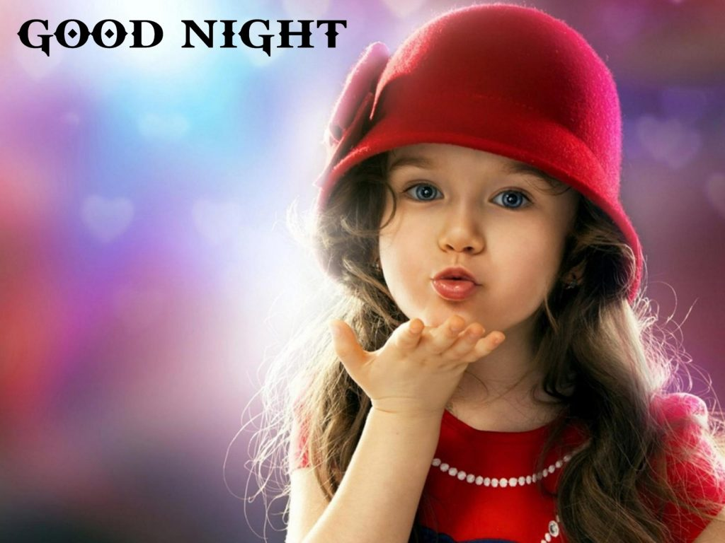 Beautiful-little-girl-giving-you-good-night-flying-kiss-PIC-MCH044972-1024x768 Wallpaper Kiss You 35+