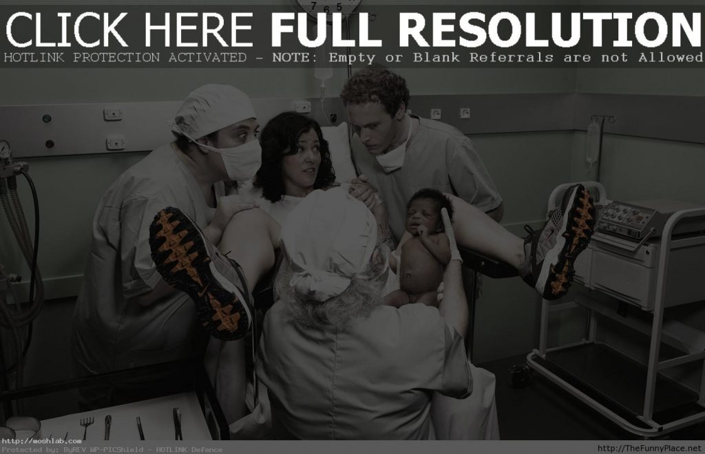 Funny-Mom-Giving-Birth-Wallpaper-Free-Images-HD-PIC-MCH066905-1024x660 Mom Wallpaper Full Hd 38+