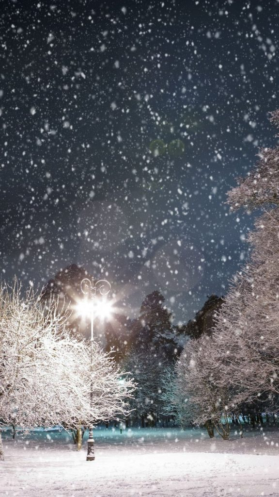 PIC-MCH022394-576x1024 Winter Wallpapers For Iphone 52+