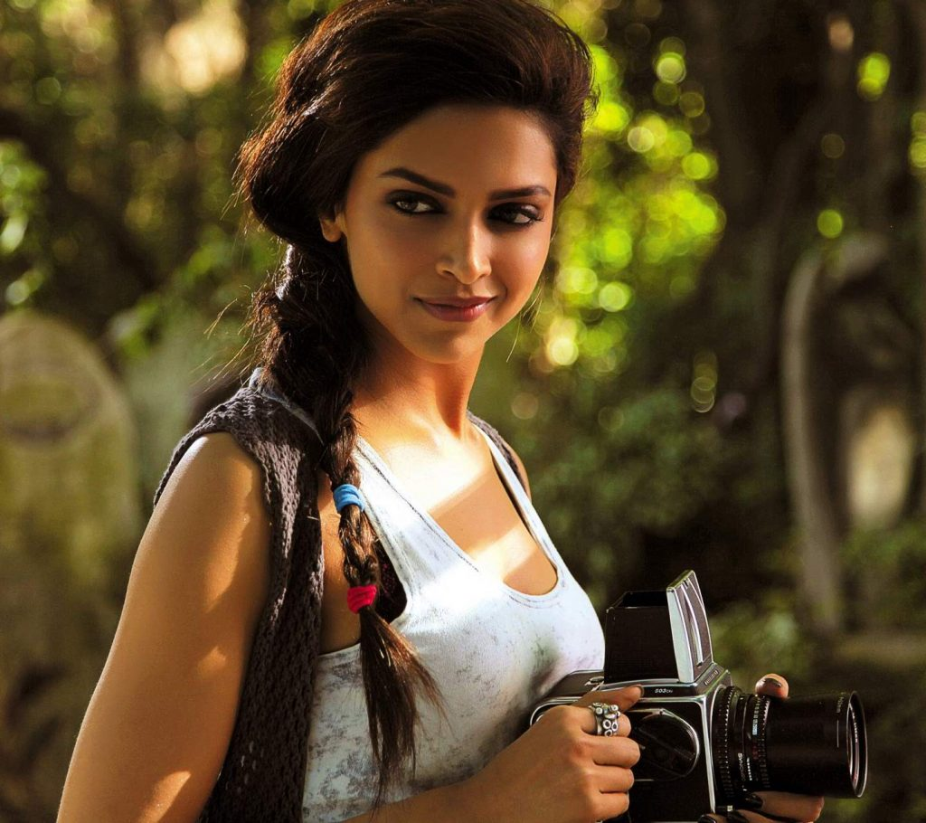 PIC-MCH04757-1024x910 Cute Actress Wallpapers Bollywood 40+