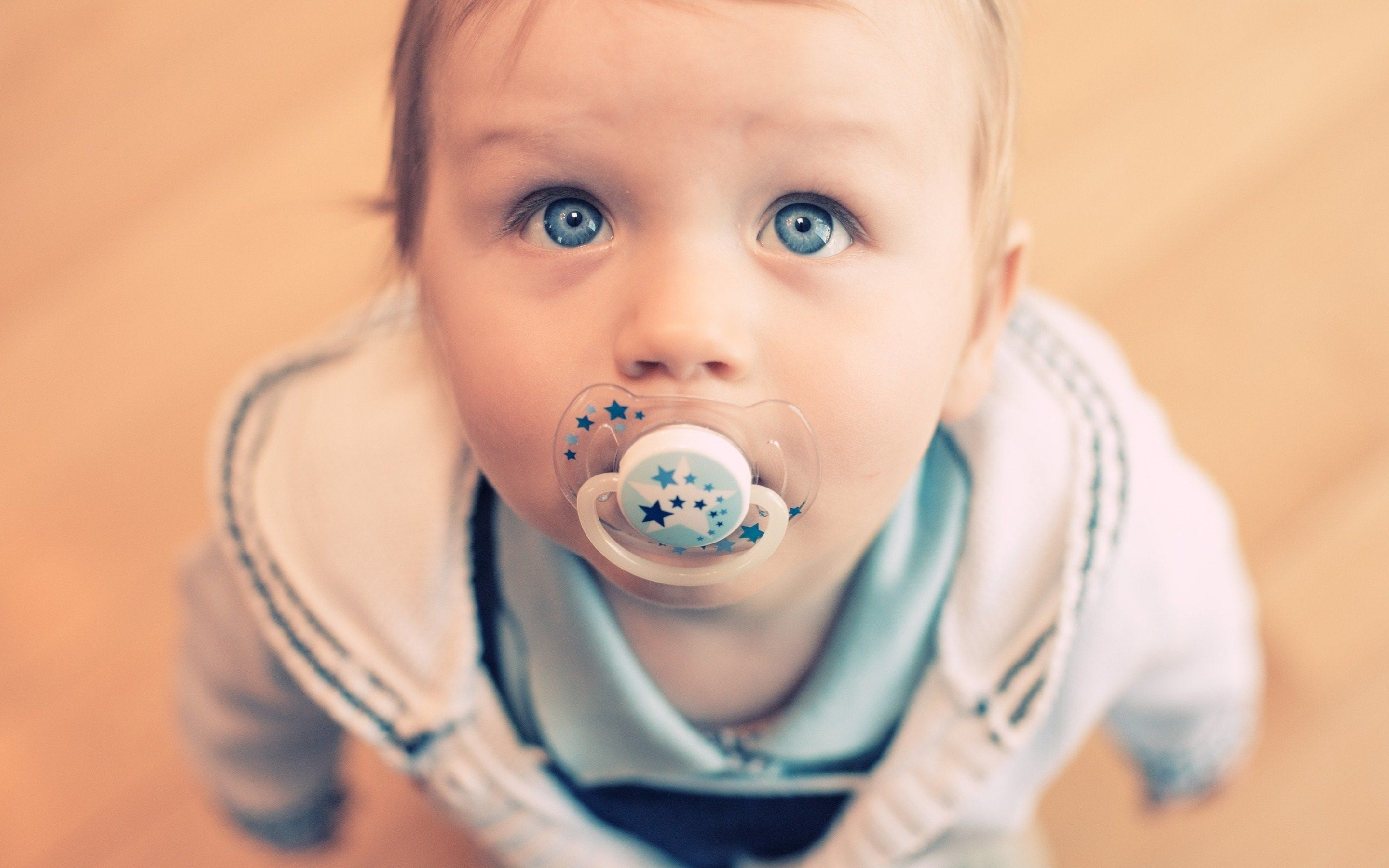 Sweet Cute Baby Wallpaper PIC MCH0105262