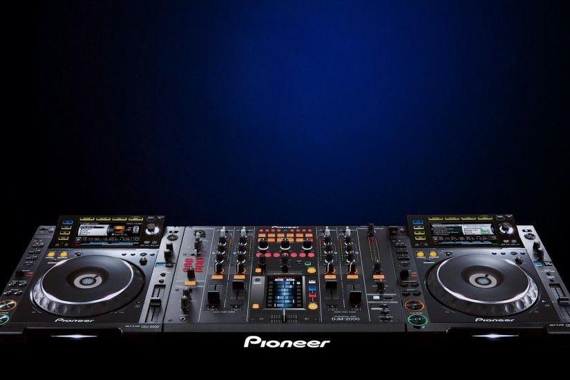 Download Free Dj Turntable Wallpaper X Image PIC MCH025370