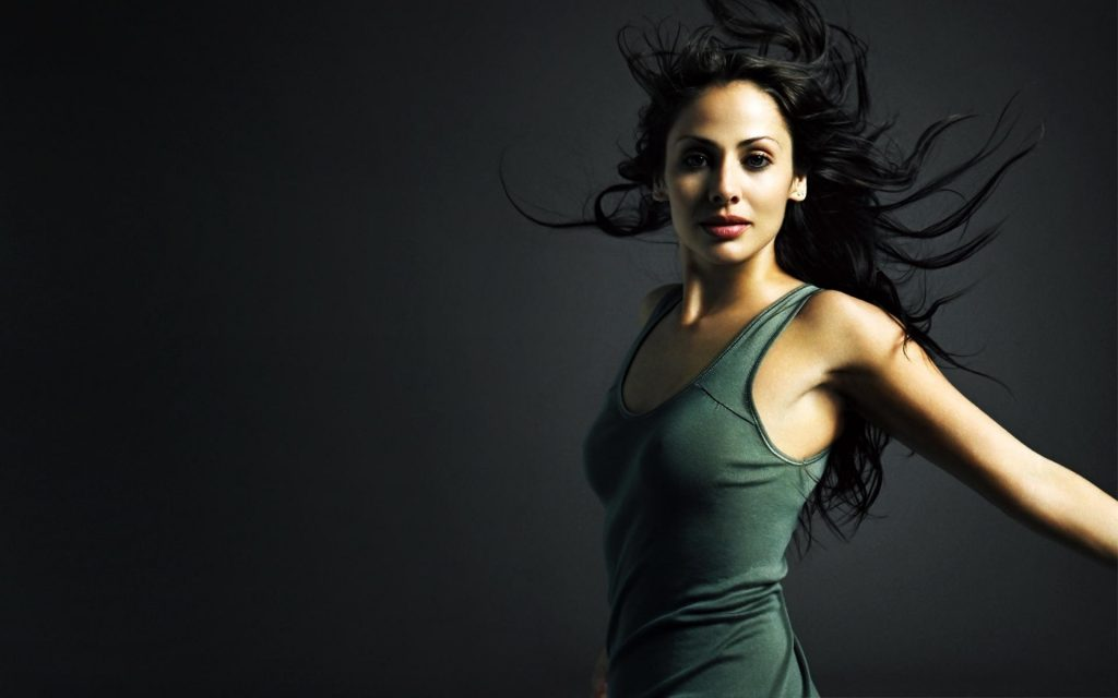 downloadfiles-wallpapers-natalie-imbruglia-australian-model-actress-PIC-MCH060476-1024x640 Free Wallpaper Models Female 36+