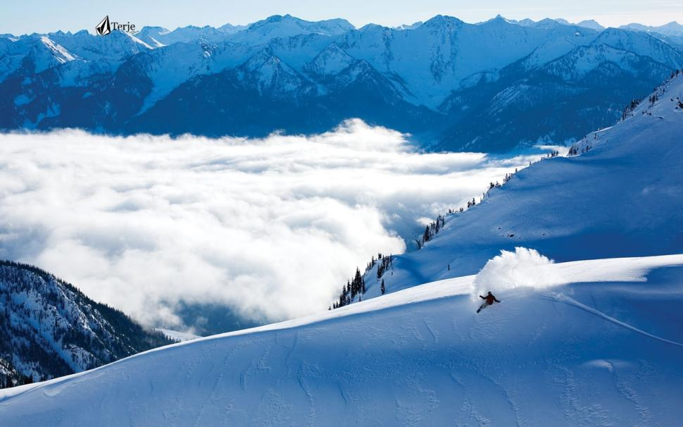 snowboard-snowboarding-snow-winter-clouds-mountains-hd-P-wallpaper-middle-size-PIC-MCH0102711 Wallpaper Snowboarding 45+