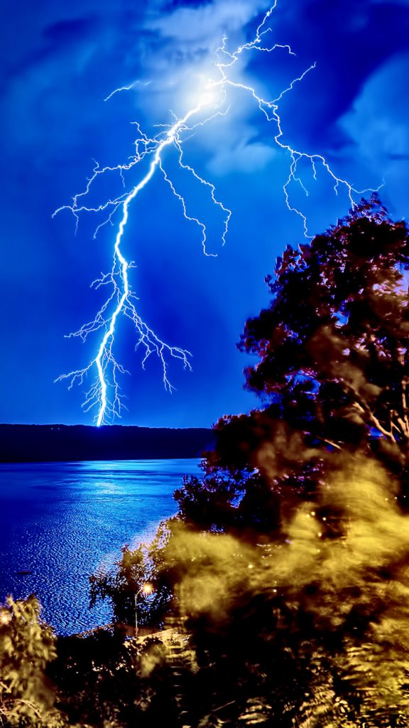 Lightning-Strike-Forest-Lake-iPhone-Wallpaper-PIC-MCH082326-576x1024 Super Hd Wallpapers For Iphone 7 39+