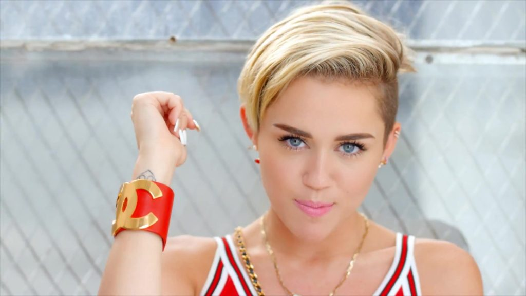 MILEY-CYRUS-KISSTHEMGOODBYE-NET-PIC-MCH011532-1024x576 Miley Cyrus 23 Wallpapers 35+