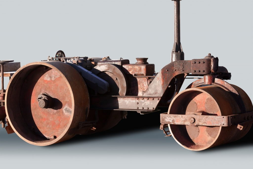 steam-roller-road-construction-old-wallpaper-PIC-MCH0104118-1024x683 Metal Wallpaper Roller 29+