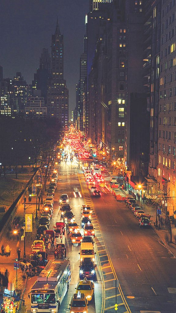 Busy-New-York-Street-Night-Traffic-iphone-wallpaper-ilikewallpaper-com-PIC-MCH050353-576x1024 New York Wallpaper Iphone 6 40+
