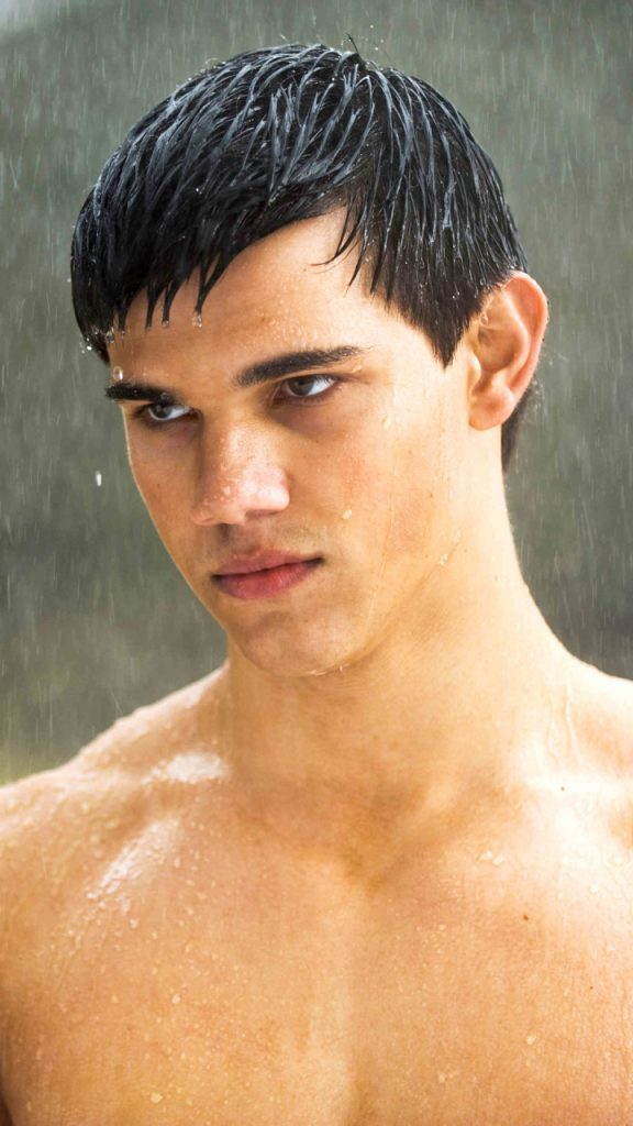 PIC-MCH031309-576x1024 Taylor Lautner Iphone Wallpaper 26+