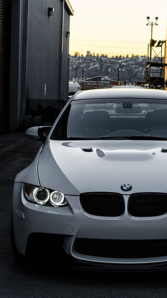 White-BMW-M-E-Front-PIC-MCH0116252-577x1024 Bmw Ios Wallpaper 35+