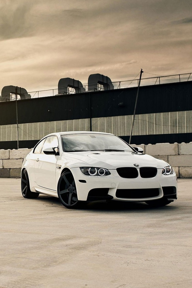 bmw-m-e-white-car-l-PIC-MCH029466 Bmw Ios Wallpaper 35+