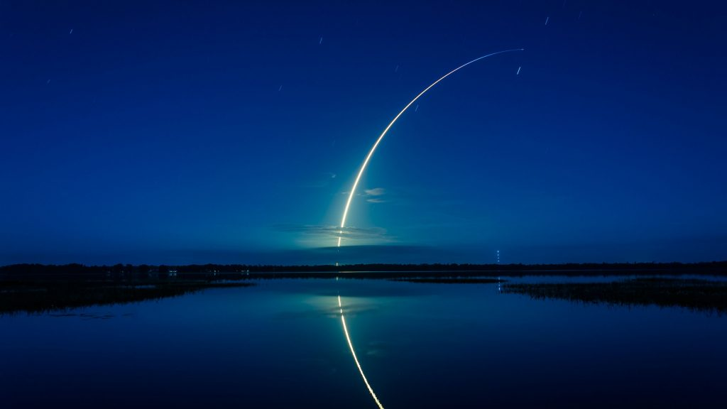 falcon-rocket-x-spacex-cape-canaveral-k-PIC-MCH062964-1024x576 2560x1440 Wallpapers Phone 53+
