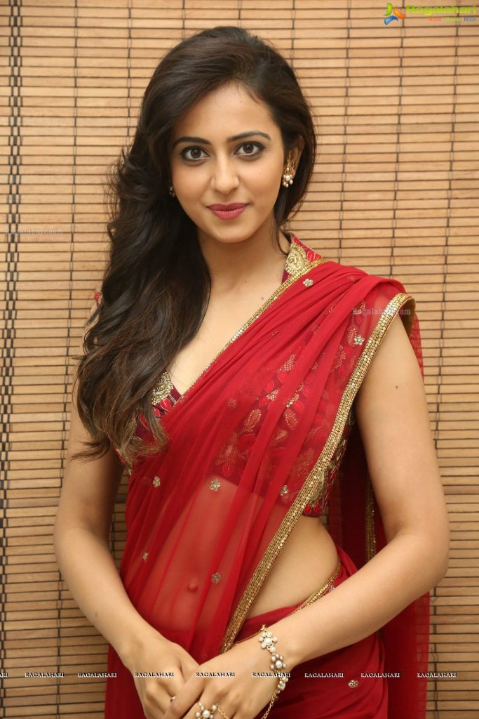 rakul-preet-singh-in-saree-PIC-MCH097572-683x1024 Rakul Preet Singh Hd Wallpapers Santabanta 45+