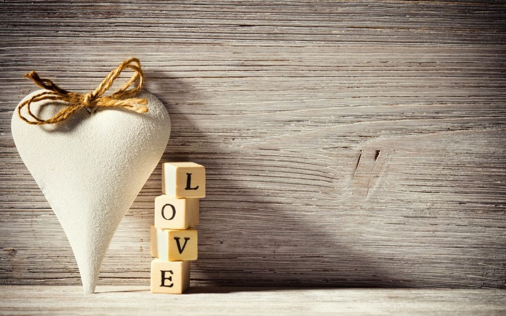 Square-Love-White-Heart-Full-HD-Wallpapers-PIC-MCH0103599-1024x640 Love Wallpaper Image Full Hd 39+