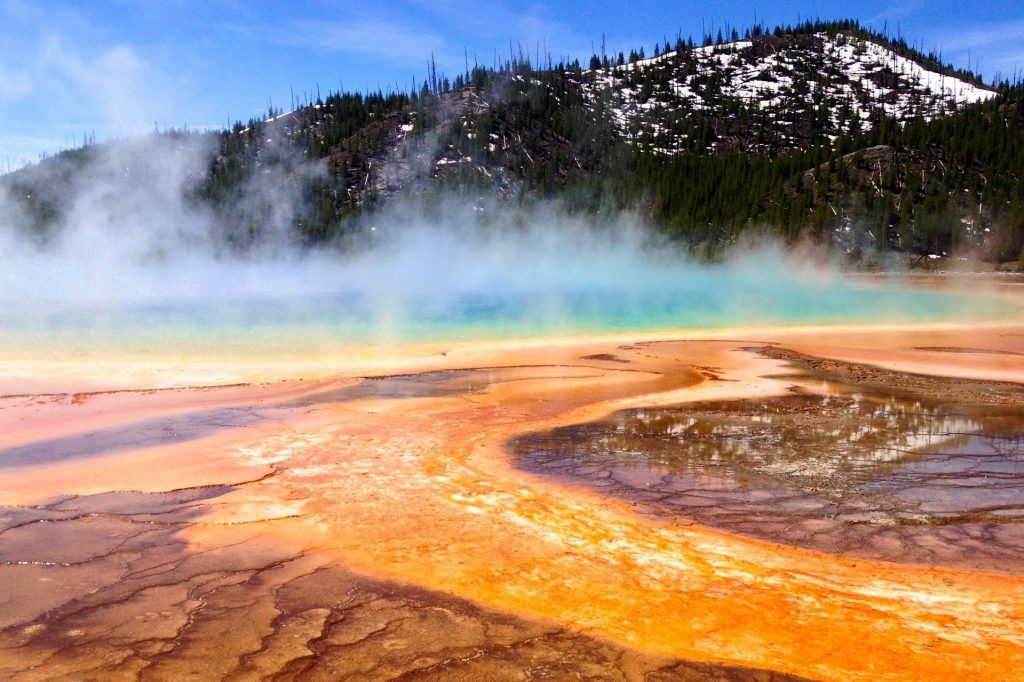 coolfree-high-definition-mac-wallpaper-national-prismatic-yellowstone-partreeshot-lovely-grand-smar-PIC-MCH054423-1024x682 Free Mac Spring Wallpaper 55+