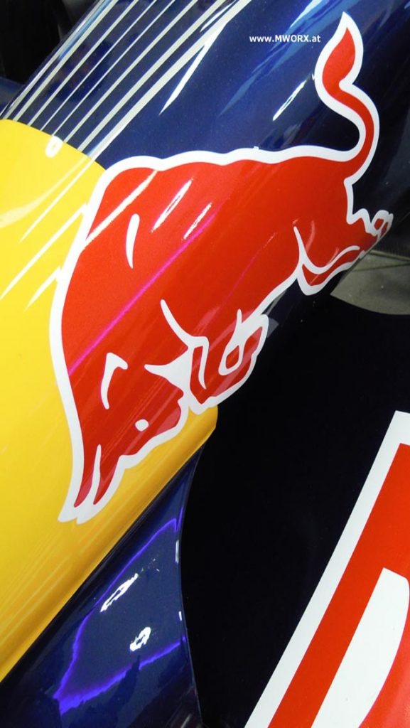 iphone-wallpaper-redbull-PIC-MCH077039-577x1024 Bull Wallpaper Iphone 5 29+