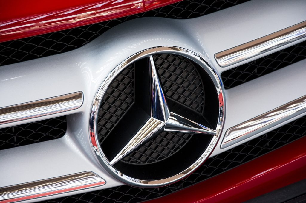 mercedes-logo-car-star-hubcap-wallpaper-PIC-MCH085565-1024x682 Mercedes Benz Symbol Wallpaper 20+