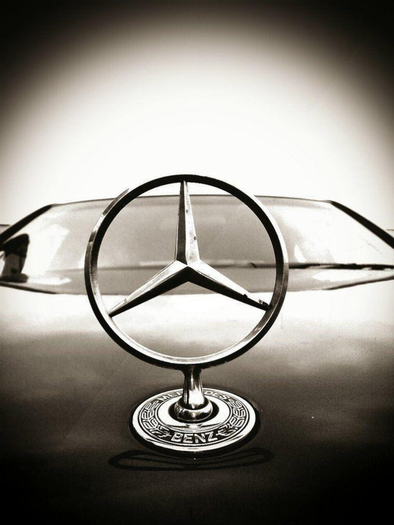wp-PIC-MCH0118000-768x1024 Mercedes Benz Logo Wallpaper For Iphone 30+