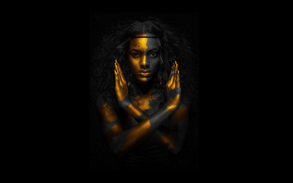 Egyptian-qeen-gold-black-woman-resolution-wallpapers-PIC-MCH061840-1024x640 Black Gold Wallpaper Hd 44+