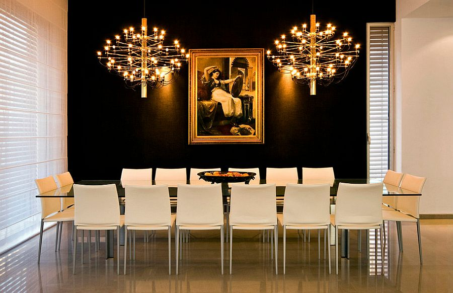 Gold-brings-an-air-of-posh-elegance-to-the-black-backdrop-PIC-MCH068789 Black Gold Wallpaper Living Room 25+