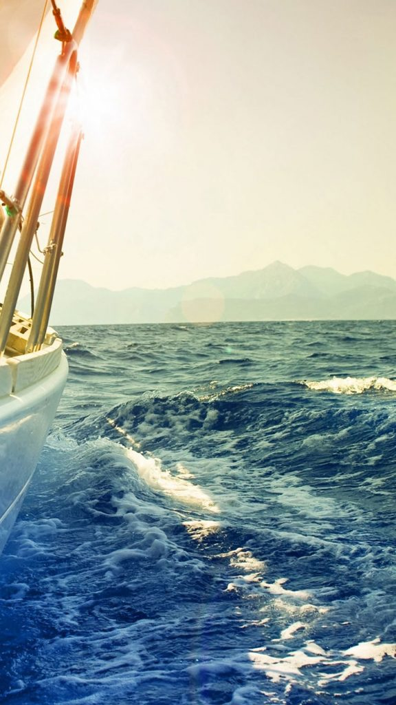 Yacht-nature-iphone-wallpaper-PIC-MCH0120425-576x1024 Iphone 6 Ocean Wallpaper 41+