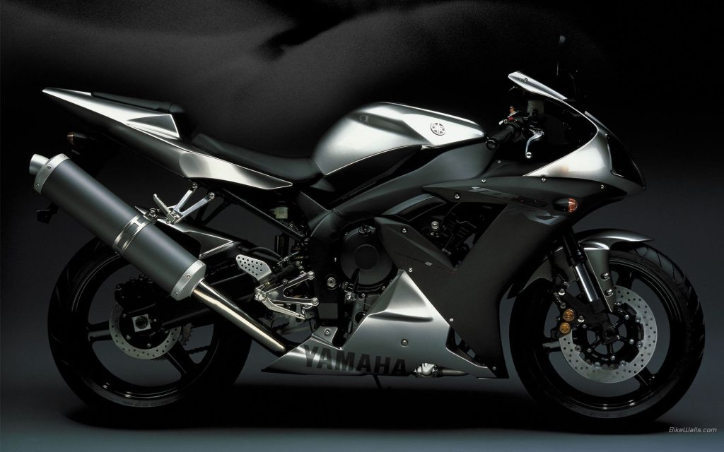 bike-super-sport-motorcycles-yamaha-soviet-yzf-r-transport-PIC-MCH046589-1024x640 Yamaha R1 Wallpaper Iphone 32+