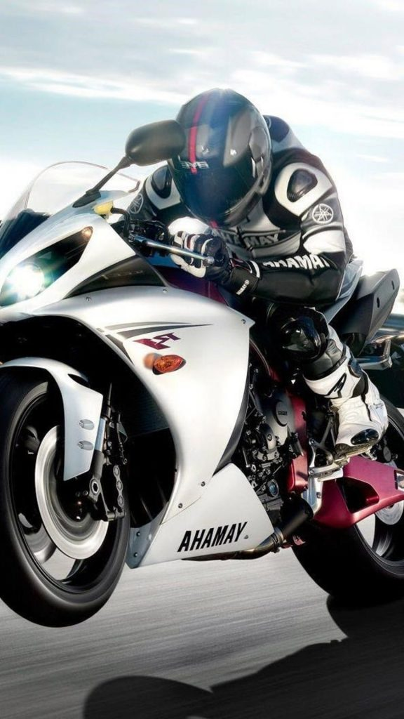 yamaha-r-wide-x-PIC-MCH010210-576x1024 Yamaha R1 Wallpaper Iphone 32+