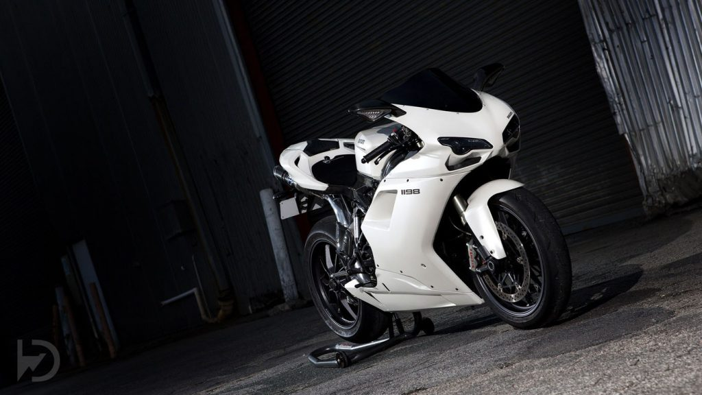 Free-White-Ducati-Bikes-Wallpapers-PIC-MCH065934-1024x576 Full Hd Wallpapers Bikes 1080p 42+