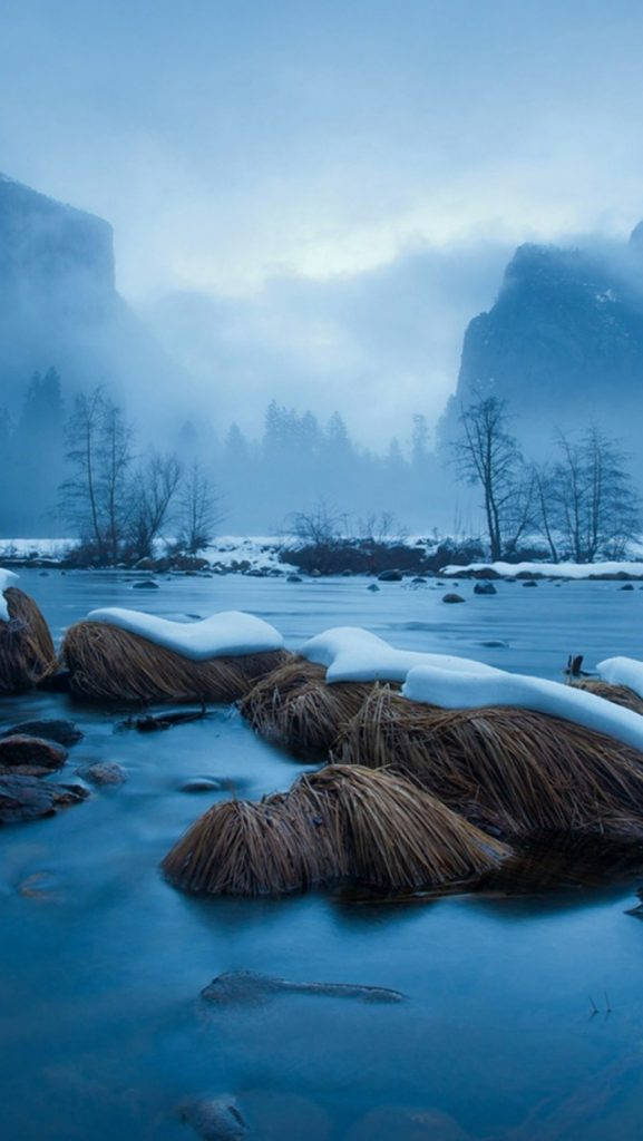 Frozen-Lake-Fog-Mist-iPhone-Wallpaper-PIC-MCH066249-577x1024 Frozen Wallpapers For Iphone 52+