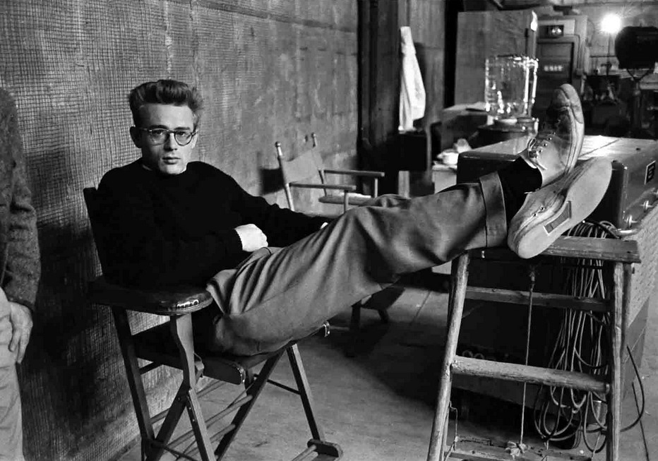 James-Dean-Photo-Phil-Stern-PIC-MCH078354 James Dean Giant Wallpaper 33+