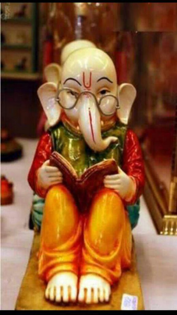 Little-god-ganesha-reading-book-iphone-new-hd-wallpapers-PIC-MCH082540-577x1024 Cute Little Ganesha Wallpaper 12+