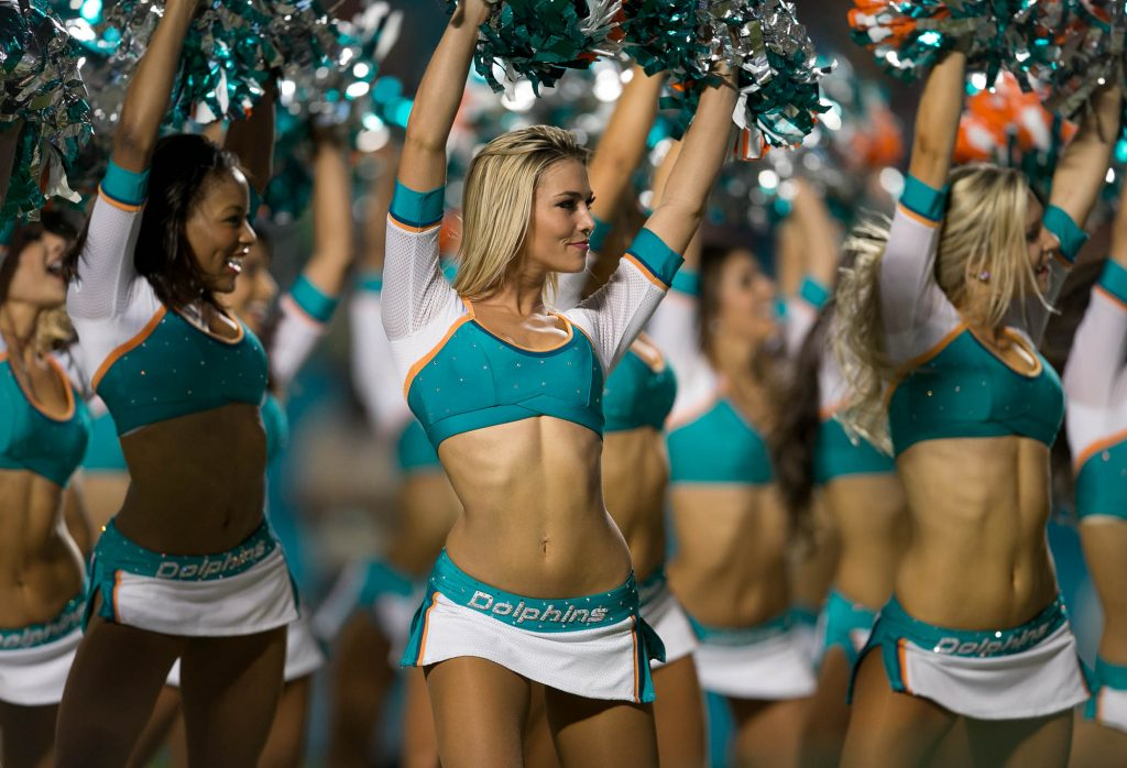 MiamI-Dolphins-cheerleaders-Meet-The-Matts-PIC-MCH086001-1024x698 Cheerleader Nfl Wallpaper 40+