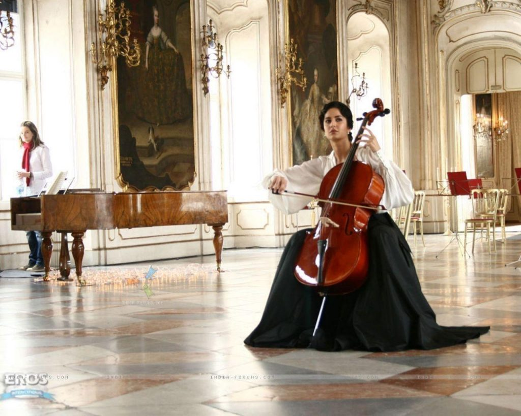 SzUqa-PIC-MCH099738-1024x819 Cello Wallpaper 1080p 30+