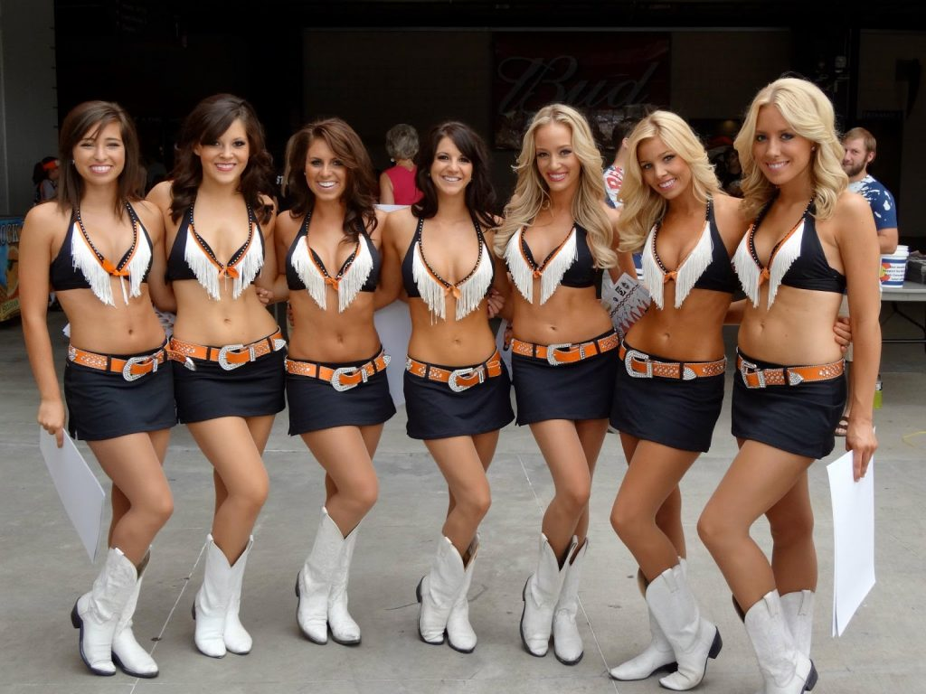 dcbbacaaeea-PIC-MCH023270-1024x768 Broncos Cheerleader Wallpaper 34+
