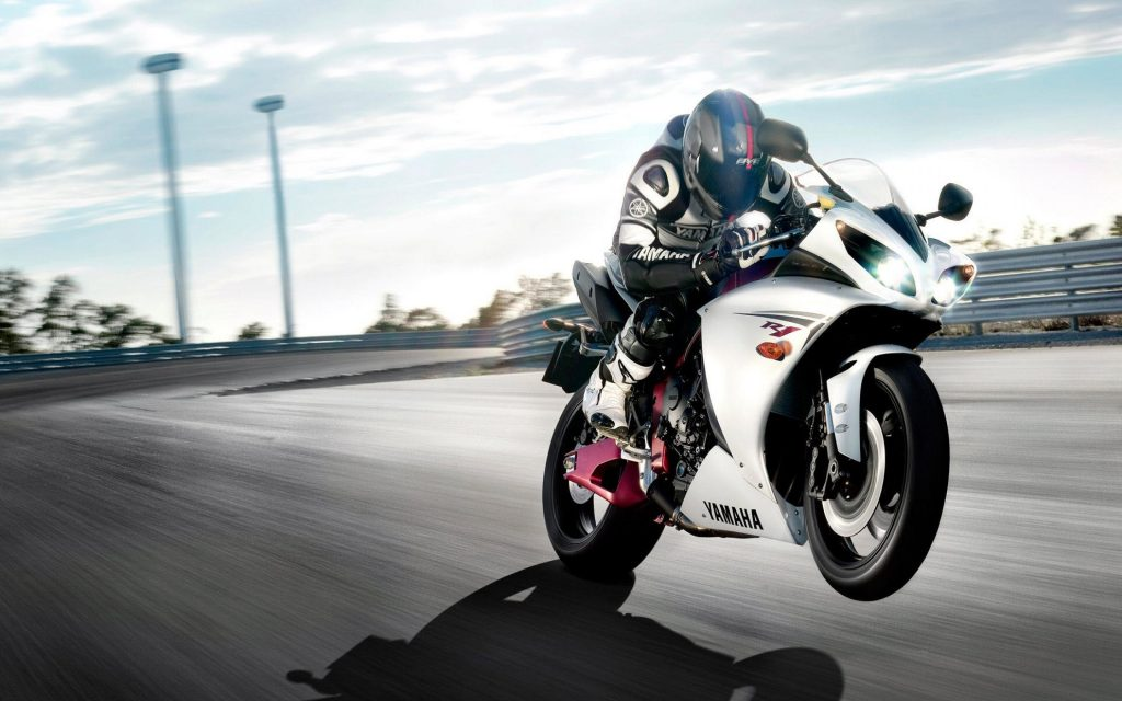 download-r-wallpapers-x-PIC-MCH035824-1024x640 Yamaha R1 Wallpaper 2016 33+