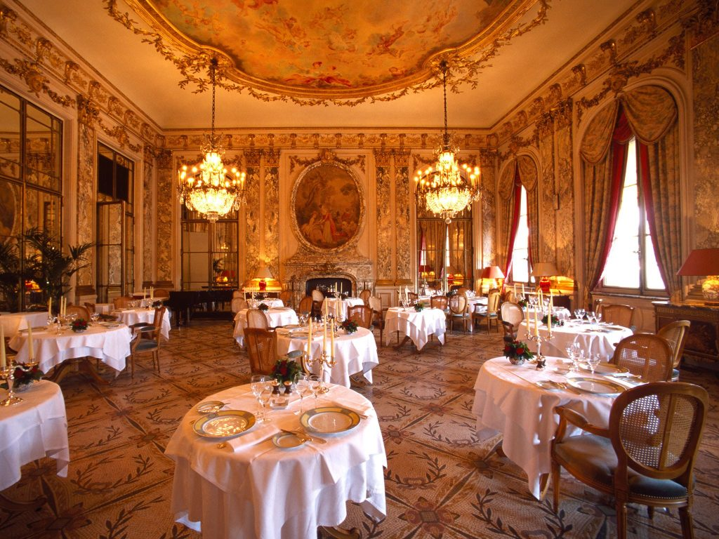 Restaurant-Le-Meurice-Paris-Alamy-PIC-MCH098695-1024x768 Wallpaper Paris Restaurants 21+